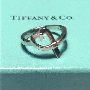 Tiffany and co loving heart ring size 6